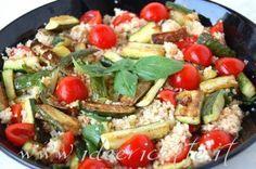 Particolare cous cous tonno zucchine e pomodorini