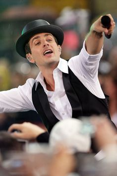 """May 16 2008 New Kids On the Block Perform On """"Today""""  @Rockefeller Center Joey McIntyre"""