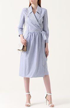 Женское голубое приталенное платье-рубашка в полоску BURBERRY, сезон FW 17/18, арт. 4050228 по цене 64750 руб. купить в интернет-магазине ЦУМ. Экспресс доставка, подарочная упаковка.