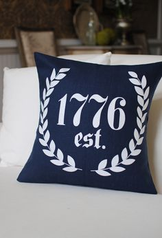 1776 Laurel 18x18 Pillow Cover in Blue and White