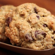 Try this healthy oatmeal cookies recipe using flaxseed, barley flour, and chocolate chips.