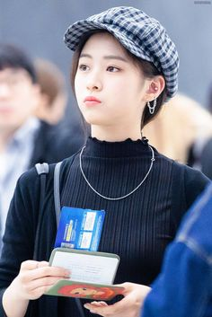 Find images and videos about kpop, bts and exo on We Heart It - the app to get lost in what you love. Kpop Girl Groups, Korean Girl Groups, Kpop Girls, My Girl, Cool Girl, Gogo Tomago, Programa Musical, Girls Run The World, Cute Ear Piercings