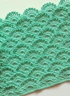 Easy crochet pattern - Scaly Fish - Crochet Yarn Online