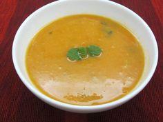 Sopa de tomate com feijão branco