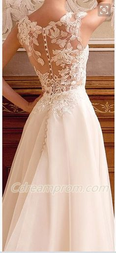 lace wedding dress #gorgeous #wedding #dress