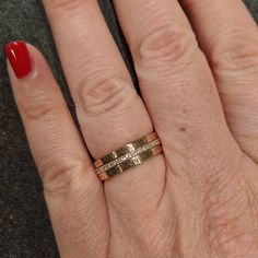 Personalizzato nome anello-accatastamento anelli-regalo | Etsy Thin Rings, Gold Rings, Name Rings, One Ring, Stacking Rings, Custom Engraving, Mother Gifts, Metallica, Jewelry Gifts