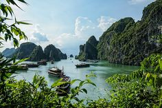 Halong Bay, Vietnam amazing-places-to-see-before-you-die-21