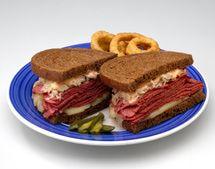 http://southernfood.about.com/od/cornedbeefandbrisket/r/bl30320n.htm