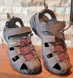 Unisex Shoes Candid Keen Waterproof Sandals Youth Size 12