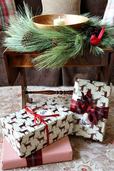 Simple Christmas decor ideas for the living room