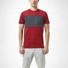 Nike Bonded Pocket Men's T-Shirt. Nike Store