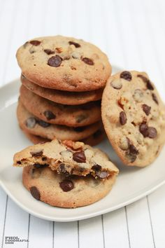 Chocolate Chip & Walnut Cookies