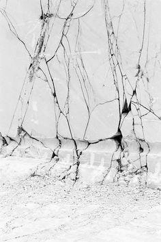 Art & Design Black & White http://perspexed.tumblr.com/