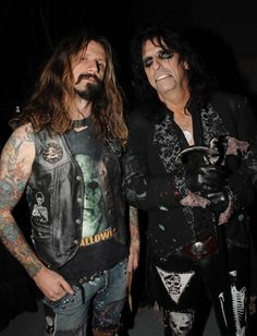 Rob Zombie from White Zombie, and Alice Cooper Zombie Life, Zombie Walk, Rob Zombie Art, Zombie Rules, Sheri Moon Zombie, White Zombie, Blood Brothers, Music Is My Escape, Heavy Metal Music