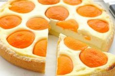 This flan is nice and easy to make - even easier if you opt for ready-made pastry. Apricot Tart, Cooking Games For Kids, Digestive Biscuits, Cooking Black Beans, Vegetable Drinks, Healthy Eating Tips, Flan, Kefir, Sour Cream