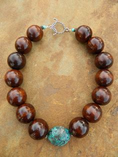 Chunky wood & turquoise necklace