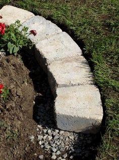 Edge your garden like a Pro #gardening #landscape #dan330 http://livedan330.com/2015/03/29/edge-your-garden-like-a-pro/ #LandscapingIdeas