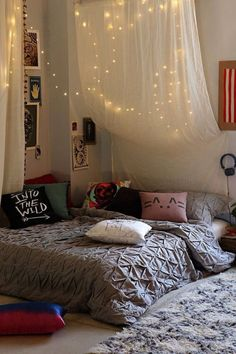 Love the cloth and lights dream bedroom, home bedroom, dream rooms, bedroom interiors Dream Rooms, Dream Bedroom, Home Bedroom, Girls Bedroom, Master Bedroom, Girl Rooms, Bedroom Interiors, Teenage Bedrooms, Tomboy Bedroom