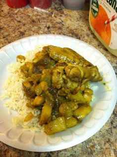 Growing up in Trinidad I saw my mother make Curry Chicken thousands of times. When she had her stroke and lost her memory I thought it was lost forever. Here's an easy curry chicken recipe for you the enjoy   nickisrandommusings.com