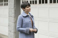 Ginnifer Goodwin in Once Upon a Time    That is some good hair, right there.