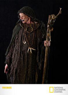 """Jonh Kavanagh é """"O Vidente"""". Vikings. Segundas, 22h15. #Vikings www.natgeo.com.br/vikings"""