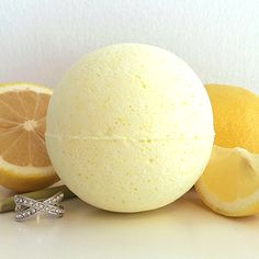 Pearl Bath Bombs Lemongrass Ring Bath Bomb This citrusy scent is the perfect pick-me-up! Our Lemongrass bath bomb will awaken your senses, leaving you feeling fresh and rejuvenated, and ready to take on your day!