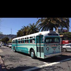 Luv!Luv! L U V!!!! VinTAGE buses!