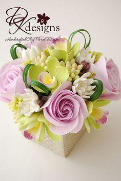 greenorchidpurplerose4 | Flickr - Photo Sharing! Fondant Flowers, Clay Flowers, Sugar Flowers, Paper Flowers, Flower Boxes, My Flower, Flower Art, Floral Cake, Arte Floral