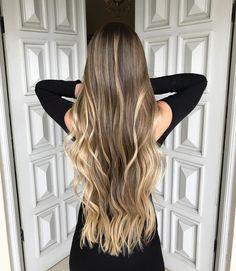 ✨Surf Blond ✨ nos tons Dourado Real e Bege Rosê , nuances incríveis que consegui com a @trusshair , é claro!!! #8XPowderTRUSS  #AirLibreTRUSS @trusshair @trussprofessional