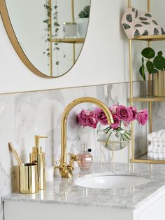 Marble Bathroom Reveal Marble & Gold Bathroom, # Reveal Victoria's Secr Marble Gold, Gold Bad, Tiny Bathrooms, Luxury Bathrooms, Bathroom Faucets, Bathroom Marble, Gold Mirror Bathroom, Marble Bedroom, Office Bathroom