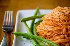 pasta with creamy vodka sauce- Vodka Sauce is my Favorite, trying this soon !