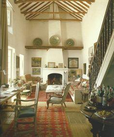 Tuscan style – Mediterranean Home Decor Tuscan Style Homes, Interiors Magazine, Tuscan Design, Country Interior, Mediterranean Home Decor, World Of Interiors, Interior Design Inspiration, Decoration, Living Spaces