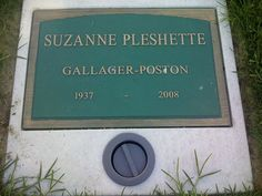 """Suzanne Pleshette (1937 - 2008) She played Emily, Bob's wife, on the TV series """"The Bob Newhart Show"""""""