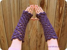 10 Fingerless Glove Patterns to Crochet