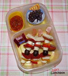 Pizza Sticks packed for lunch with #Easylunchboxes containers
