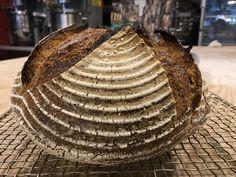 Çiya Tohumlu Ekşi Mayalı Ekmek