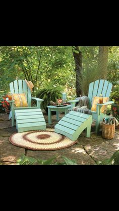 Love the outdoor rug!!!