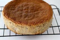 Blat de tort pandișpan cu nucă – rețetă de bază Sweets, Cheesecake, Vegan, Ethnic Recipes, Desserts, Food, Workshop, Cakes, Drink