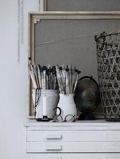 #black #white #grey #details #paintbrushes - desiretoinspire.net - JennyGrimsgärd