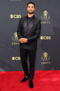 Stars Are Arriving for the 2021 Emmy Awards: See All the Photos from the Red Carpet! Robin Thede, Evening Trousers, Cedric The Entertainer, Jennifer Coolidge, Rachel Lindsay, Samira Wiley, Jean Smart, Kathryn Hahn, The Emmys