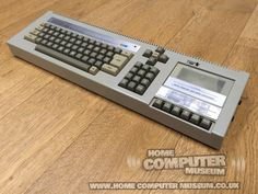 Home Computer Museum - Exhibits of retro computers and consoles from the to the Manufacturers such as Sinclair, Commodore, Atari, Sega and Nintendo. Home Computer, Gaming Computer, Computer Keyboard, Retro Arcade Machine, Classic Video Games, Old Computers, European House, Retro Home, Old Tv