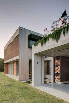 Wallis Lake House by Matthew Woodward Architecture - Dwell Architecture Durable, Sustainable Architecture, Architecture Photo, Residential Architecture, Contemporary Architecture, Pavilion Architecture, Japanese Architecture, Wallis, Dreams