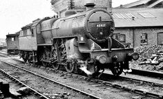 Net Photo: 40123 SNCF Steam at Paris, France by Rail Archive Stephenson How To Make Camera, Steam Railway, British Rail, Lehigh Valley, Gloucester, Steam Engine, Steam Locomotive, Abandoned Places, Old Pictures