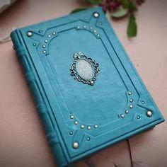 Velimira designs for you di VelimiraBooks su Etsy Handmade Books, Handmade Gifts, Book Journal, Journals, Anime Weapons, Diy Gift Box, Anime Princess, Book Binding, Xmas Crafts