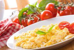 Receita de Ovos mexidos simples. Descubra como cozinhar Ovos mexidos simples de maneira prática e deliciosa com a Teleculinaria!