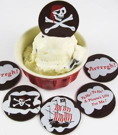 Pirate 2 inch Dessert Wafers - Transfer Sheets for Chocolate - http://americanchocolatedesigns.com/transfer_sheets.php