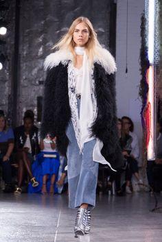 #runwaystyle #jacket #layers #denim #fauxfur