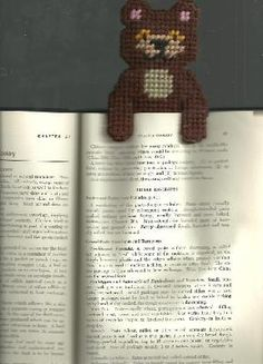 HANDCRAFTED BROWN BEAR BOOKMARK