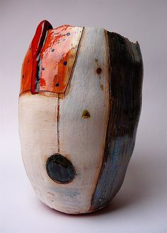Linda Styles | Tall pot 2007