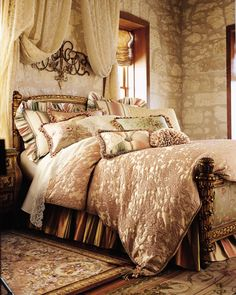 THIS BEAUTIFUL BEDROOM TAKES ME TO ITALIAN,MEDATERRANIAN,OLD WORLD EUROPE AND TUSCAN VILLAGES AND VILLAS...CHERIE